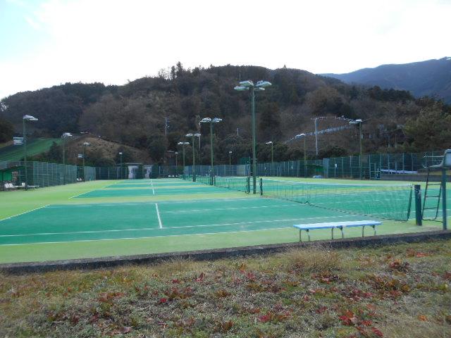 潮風テニス場
