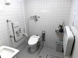 管理センタートイレ